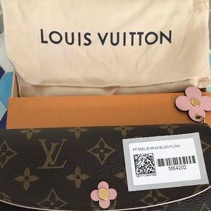 New LV Emilie Monogram Blossom Flower Wallet